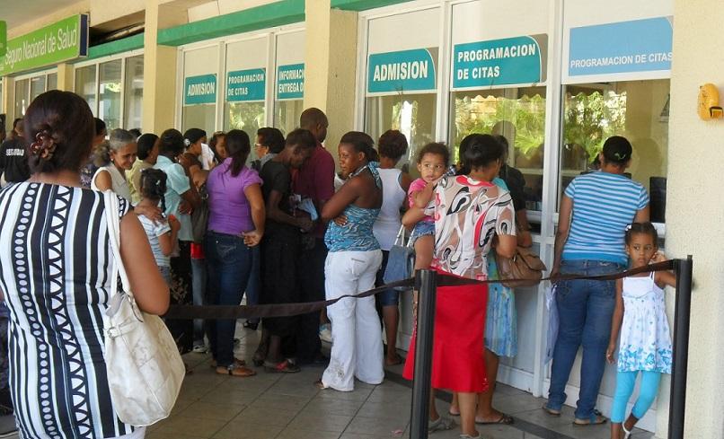Colegio Médico denuncia abandono Hospital Marcelino Vélez.