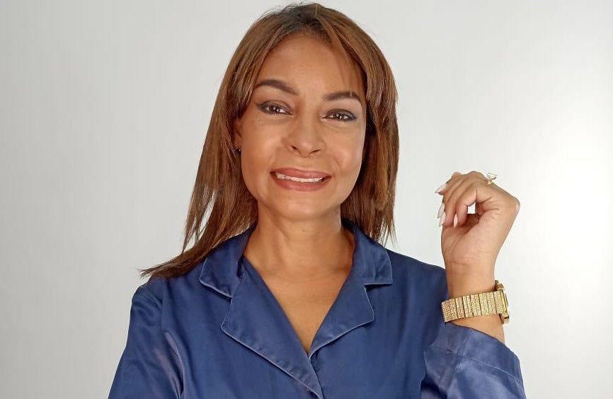 Aleja Flores, candidata a diputada por el Partido Verde Dominicano (PVD).