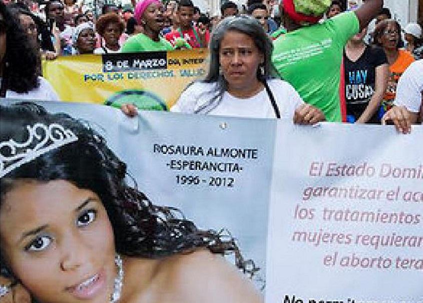 Piden justicia por adolescente Esperancita.