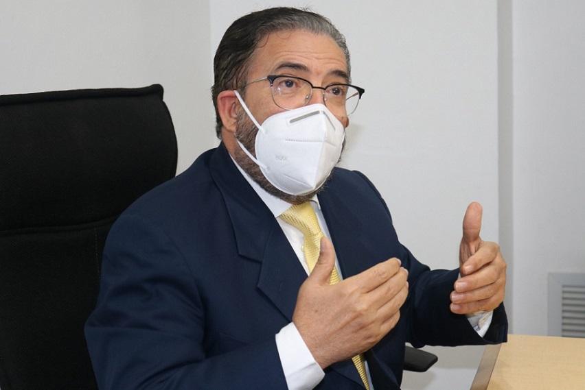 Guillermo Moreno condena extensión estado de emergencia.
