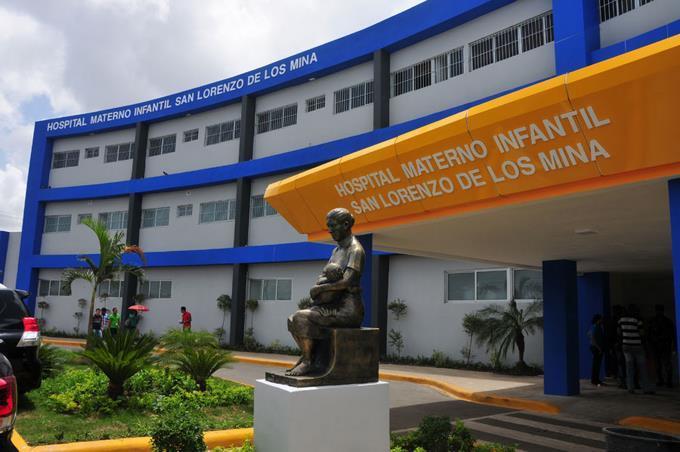 Deploran abandono Hospital San Lorenzo de Los Mina.