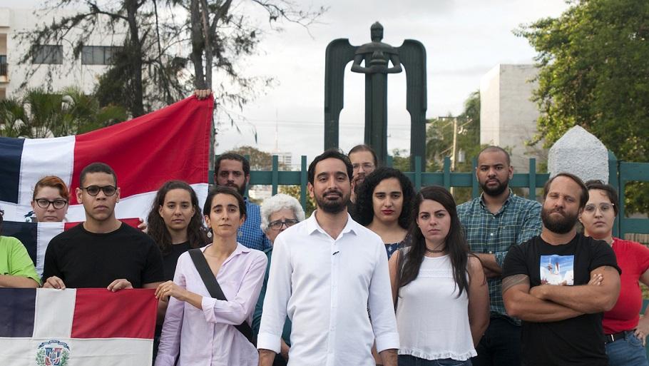 José Horacio Rodríguez, en el Monumento al 14 de Junio.