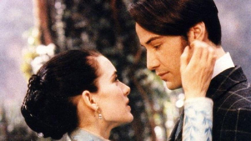 Keanu Reeves y Winona Ryder interpretaron respectivamente a Jonathan y Mina Harker en Drácula de Bram Stoker. (Fuente: Zoetrope / Columbia Tri-Star)