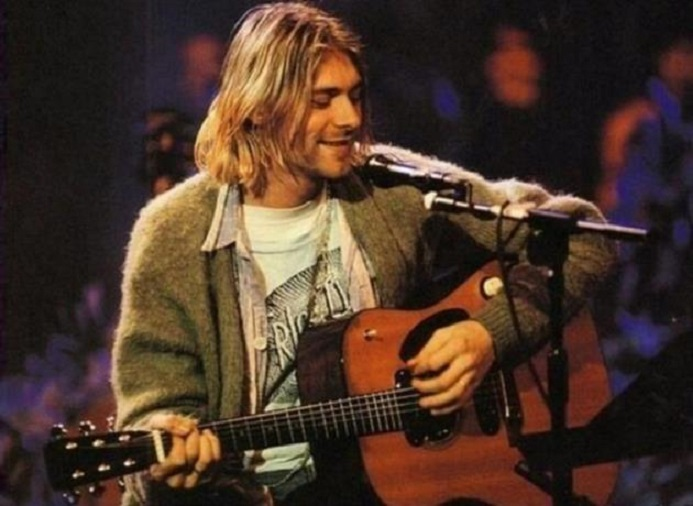 Kurt Cobain en el Unplugged de 1993 - MTV - Archivo/ Europa Press.