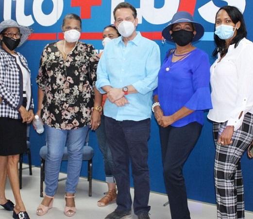 Excandidata del PLD en San Cristóbal se suma a proyecto de Luis Abinader