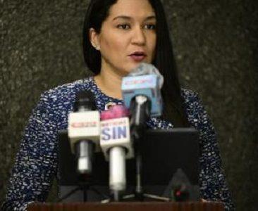 Lucy Objío, representante de la firma de abogados. (Foto: Víctor Ramírez)