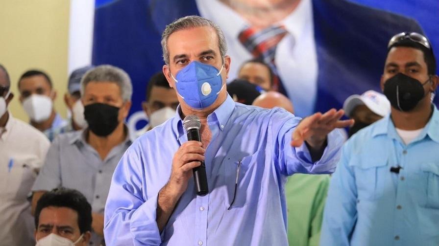 Médicos de Luis Abinader ofrecen información sobre su condición de salud.