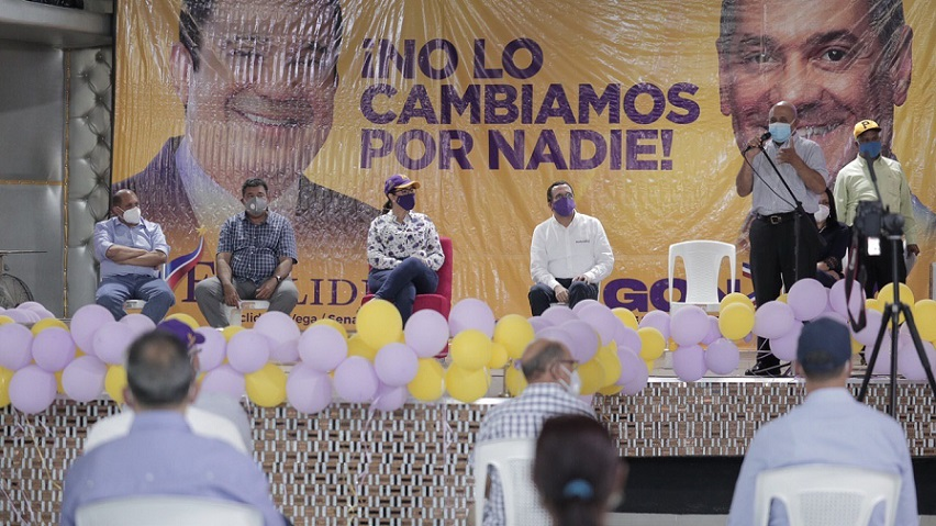 Margarita Cedeño se reúne con empresarios de Jarabacoa.