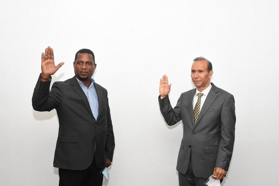 Dirigente del PRM Marino Mejía apoya a Gonzalo Castillo.