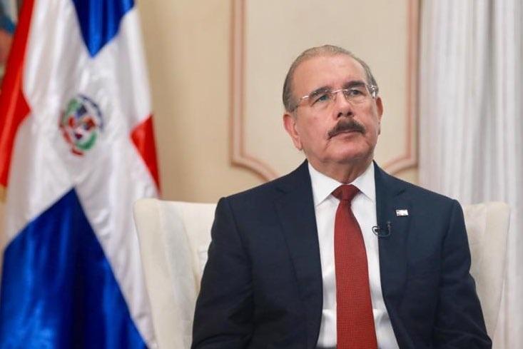 Presidente Medina participa reunión de jefes de Estado.