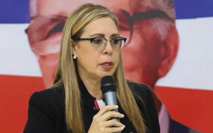 Sergia Elena condena PRSC apoyara extensión de estado de emergenica.