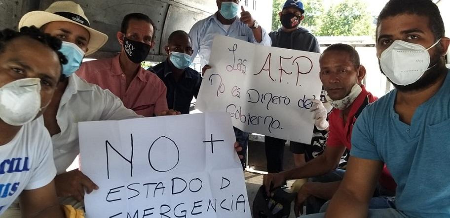 Trabajadores denuncian agresión de la Policía en protesta por fondos AFP.