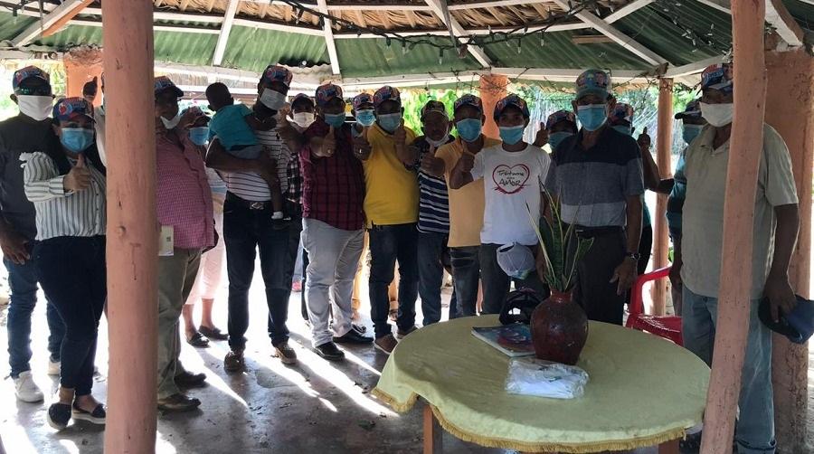 Tsunami Electoral juramenta en apoyo a Luis Abinader.