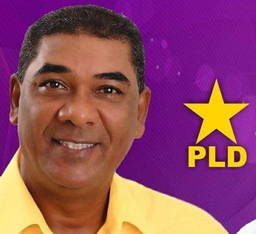 Candidato a diputado Carlos García por Barahona.