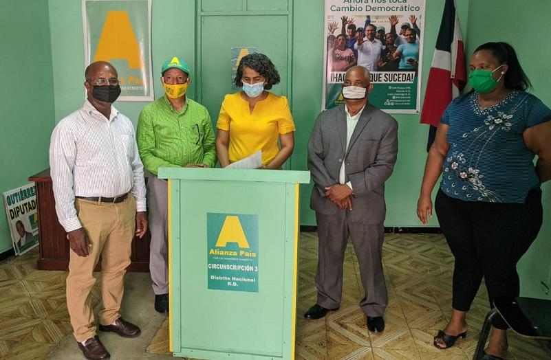 Candidatos a diputados ALPAIS presentan plan para ayudar familias pobres.