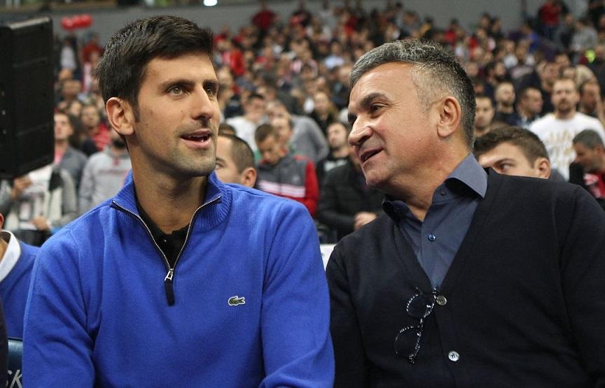 Padre de tenista Djokovic responsabiliza jugador por contagios.