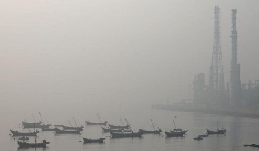 Contaminación en la Bahía de Dalian.
