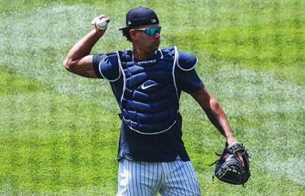 Beisbol: Sánchez a demostrar mejoría en su defensa