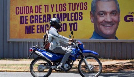 Gonzalo Castillo representa al partido gobernante. (Fuente: EPA)
