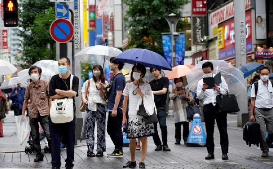 Tokio registra un récord diario de contagios de COVID-19 en plena desescalada.