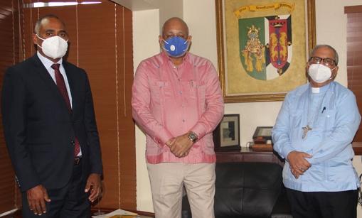 Benito Ángeles y Roberto Fulcar se reúnen para tratar temas educación