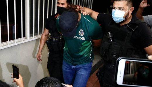 Expitcher Sergio Mitre al momento de ser ingresado a la cárcel.