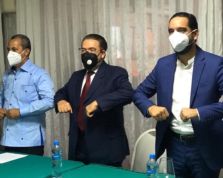 Alianza País presenta sus dos diputados electos.