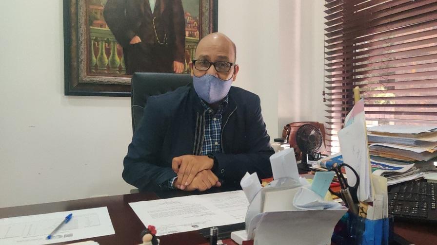 Henry Santos, director del gabinete ministerial.