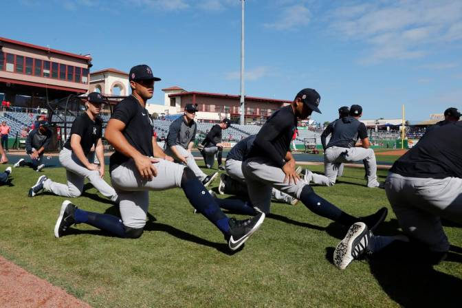 Equipos de Grandes Ligas reinician entrenamientos.