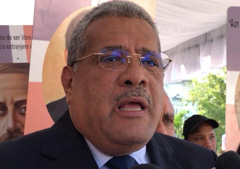 Luis Acosta Moreta pide implementar voto electrónico.