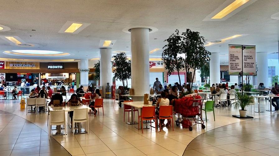 Restaurantes de Agora Mall vuelven a operar.