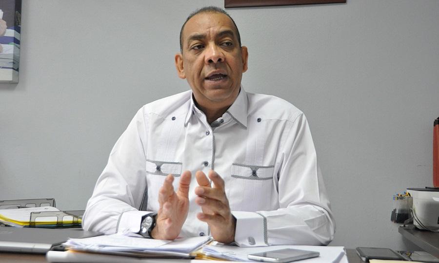 Ministro Deligne Ascención pide auditoria de Obras Públicas.