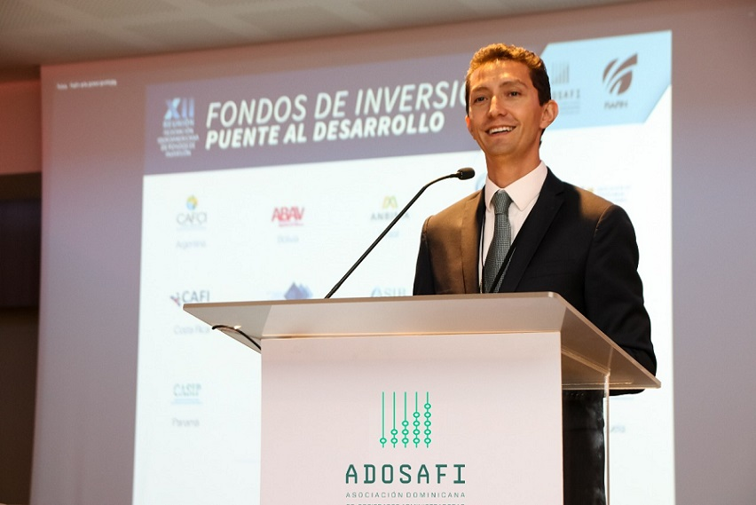 Santiago Sicard presidente de ADOSAFI.