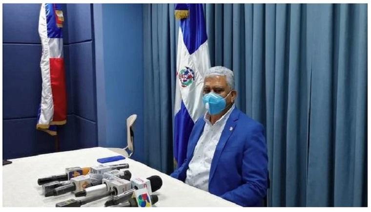 Ricardo de los Santos, presidente de la Comisión Especial del Senado.