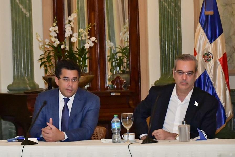 Gobierno lanza plan de turismo interno.