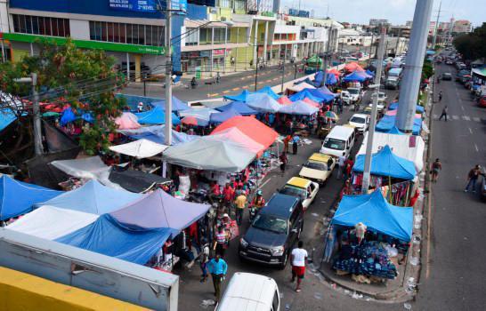 Experto pide reubicación mercado Las Pulgas.