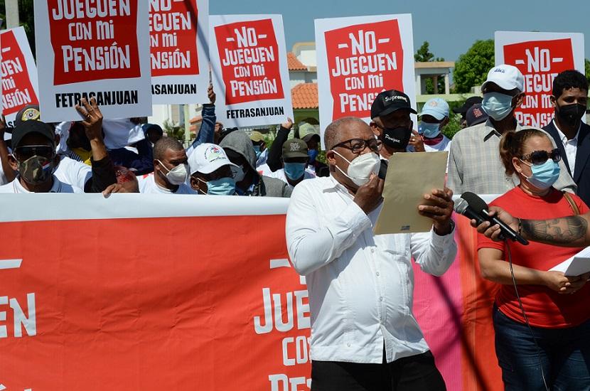 Federación de Trabajadores de San Juan piden no entregar fondos AFP.