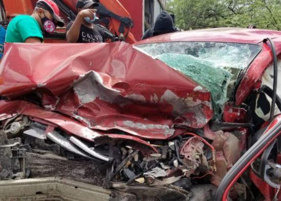 Accidente de tránsito deja cinco heridos en Azua
