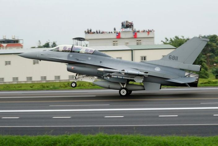 EE.UU. advierte a China contra un hipotético ataque a Taiwán