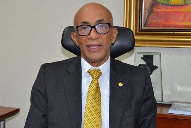 Félix Aracena Vargas gerente general del CNSS.