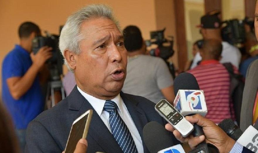 Isidoro Santana, economista y exministro de economía. (Fuente: externa)