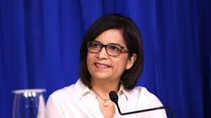Ministro Mujer ayudará joven afectada por ácido del diablo