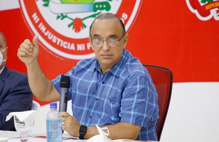 Quique Antún pide Luis Abinader renegociar deudas RD.
