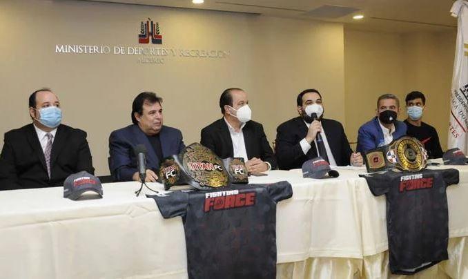 Anuncian carteleras por cetros de MMA