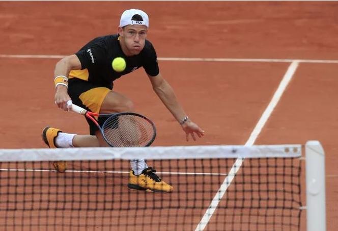 Tenista Schwartzman lidera un gran día argentino en Roland Garros