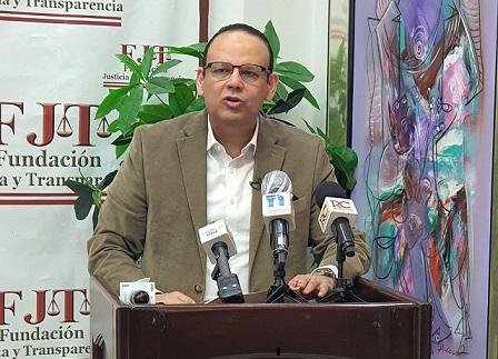 Justicia y Transparencia presentará propuesta de ley para institucionalizar planes sociales de congresistas