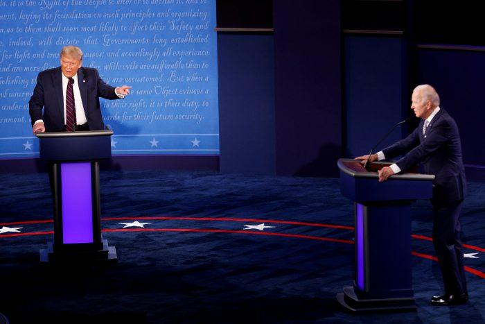 Trump se niega a participar en debate virtual.