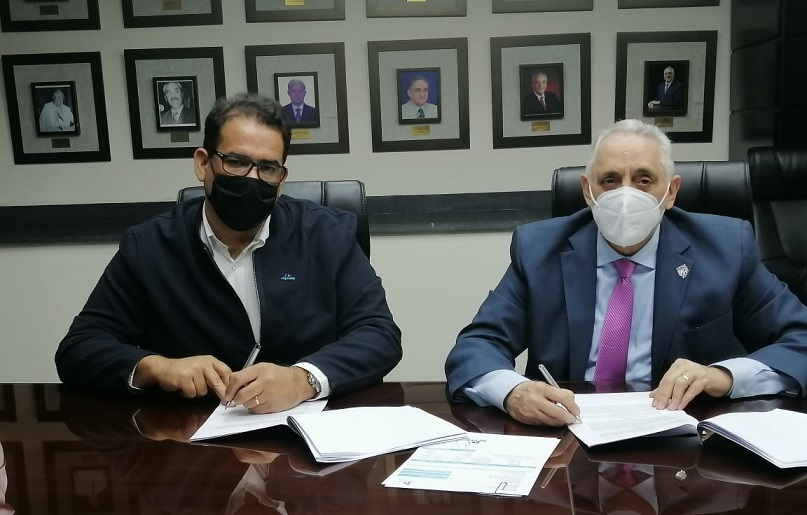 Lidom firma contrato con línea área oficial del equipo dominicano.