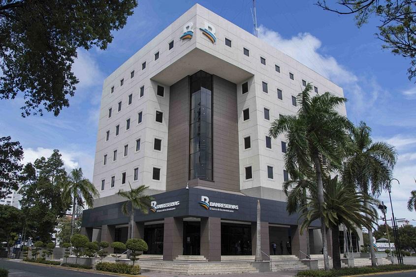 Banreservas reconocido como mejor banco RD.