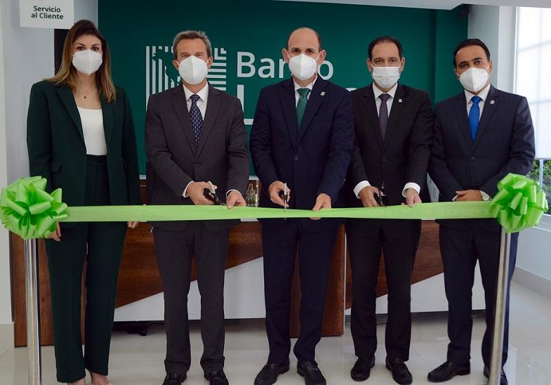 Banco LAFISE inaugura centro de negocios.